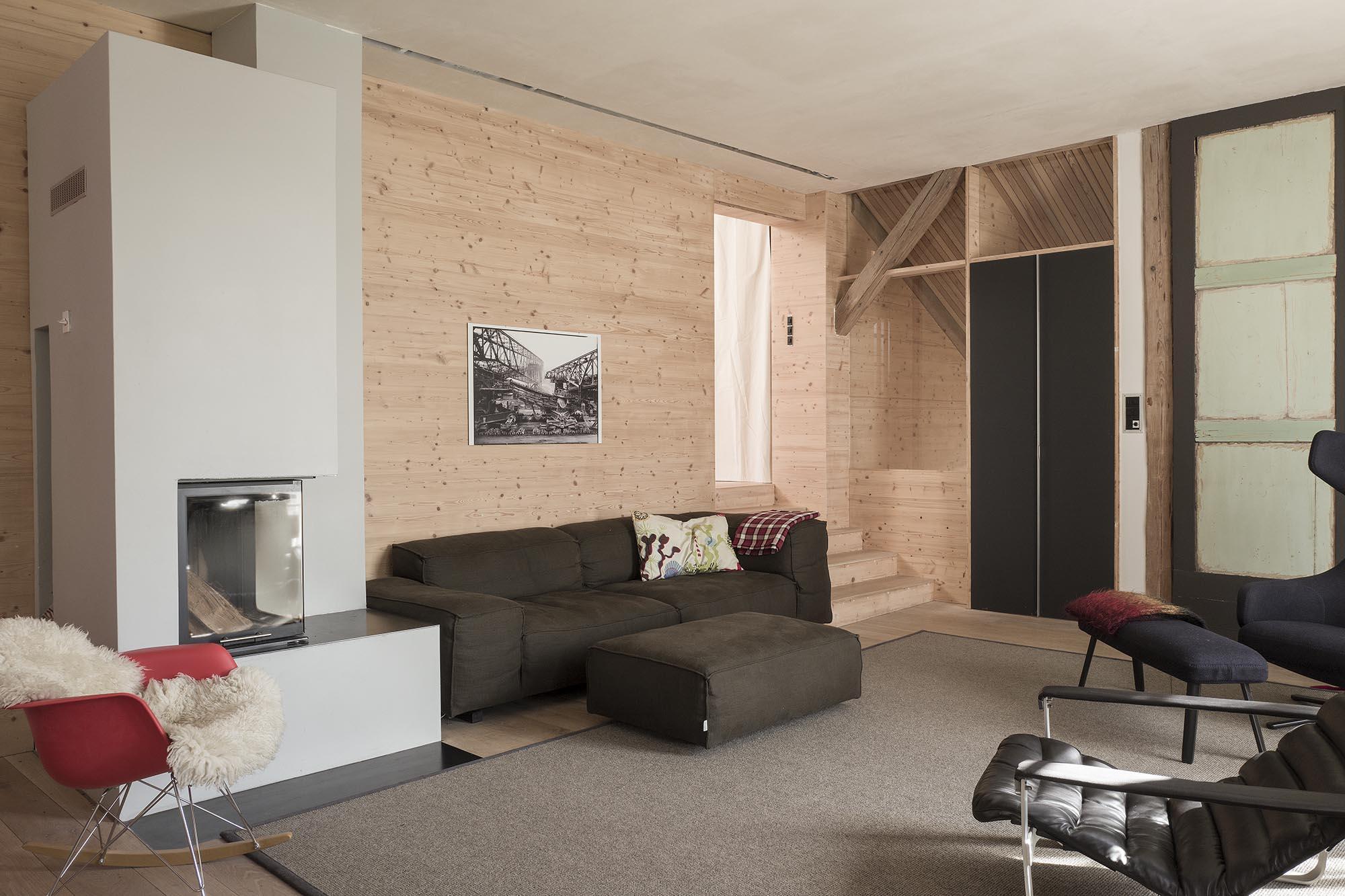 umbau scheune in wohnhaus bauen im bestand. Black Bedroom Furniture Sets. Home Design Ideas